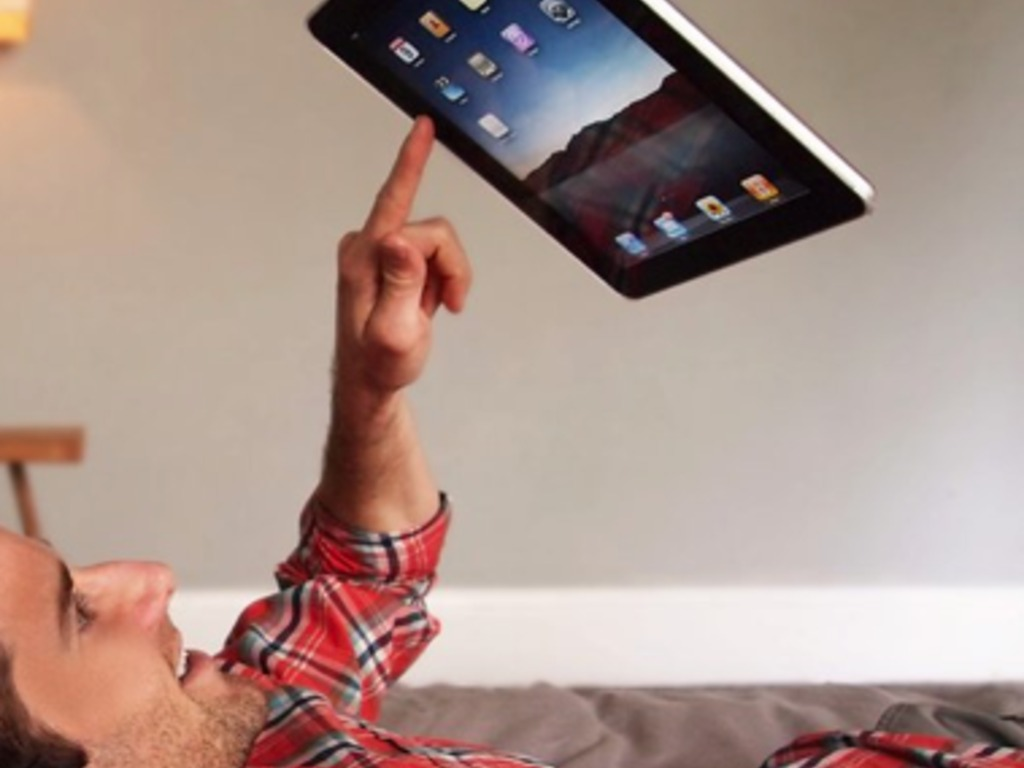 Hanfree iPad Accessory: Use the iPad Hands Free's video poster