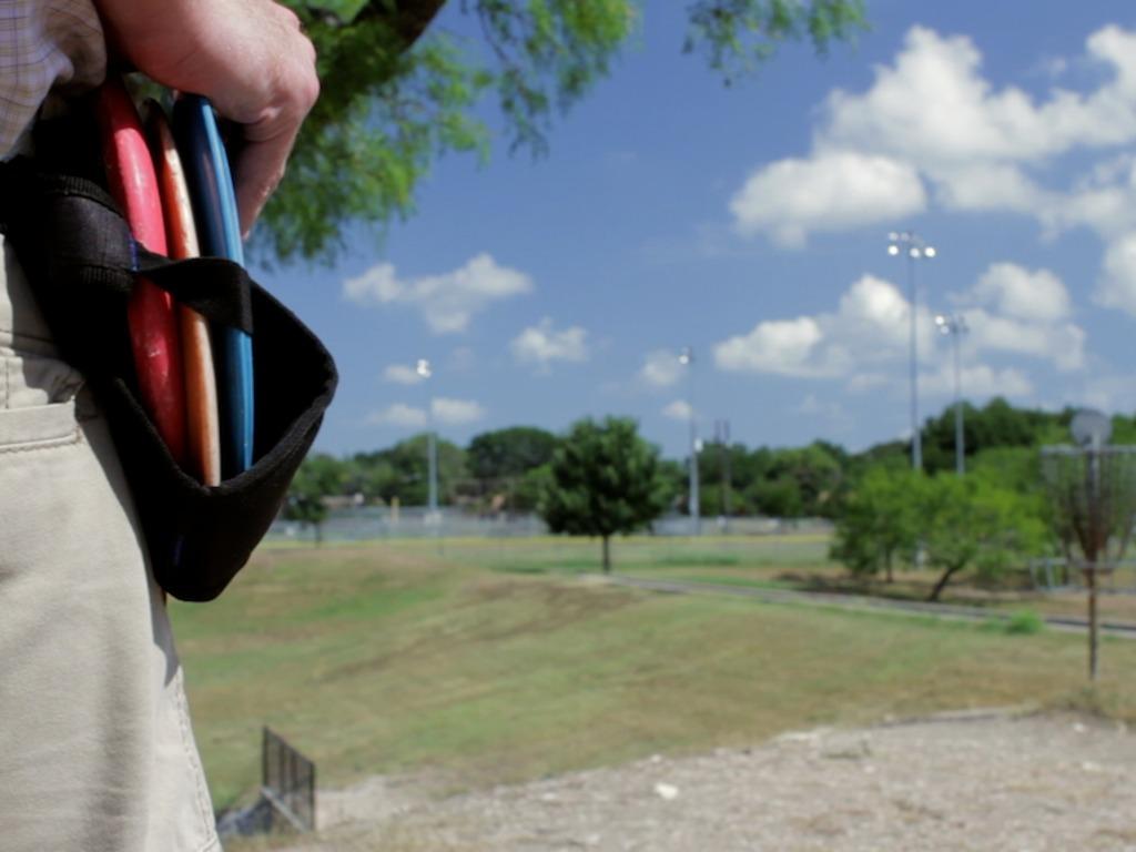 Six Shooter: A Disc Golf Caddie Belt's video poster