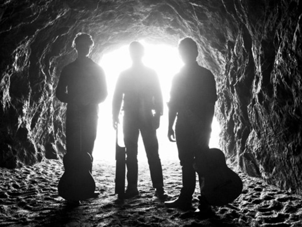Mobius Trio - Last Light's video poster