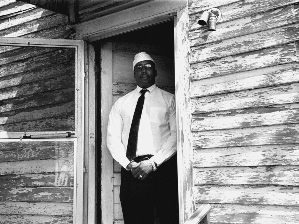 The Homeplace: Photos from Historic African American Hamlets's video poster