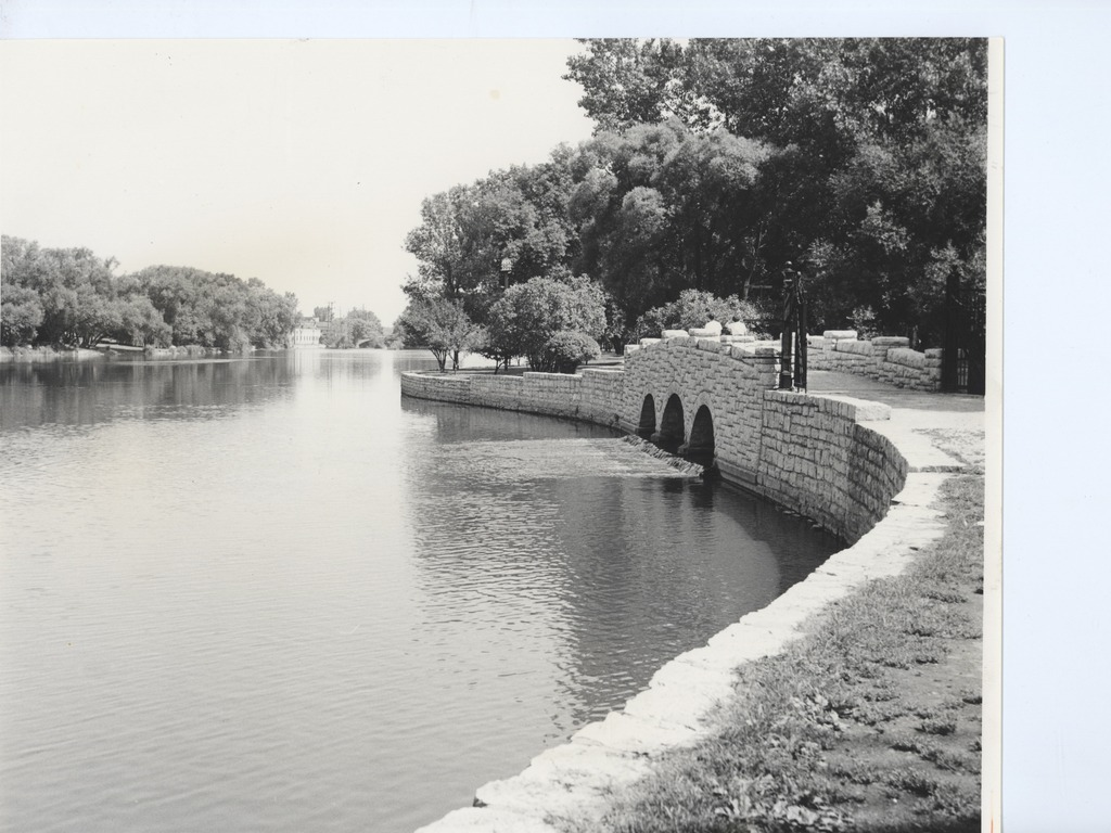 The History of the Fox River in Geneva, Illinois's video poster