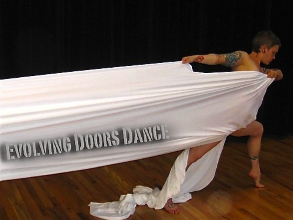 """""""pUsh"""" - a dance exploration by Evolving Doors Dance 's video poster"""