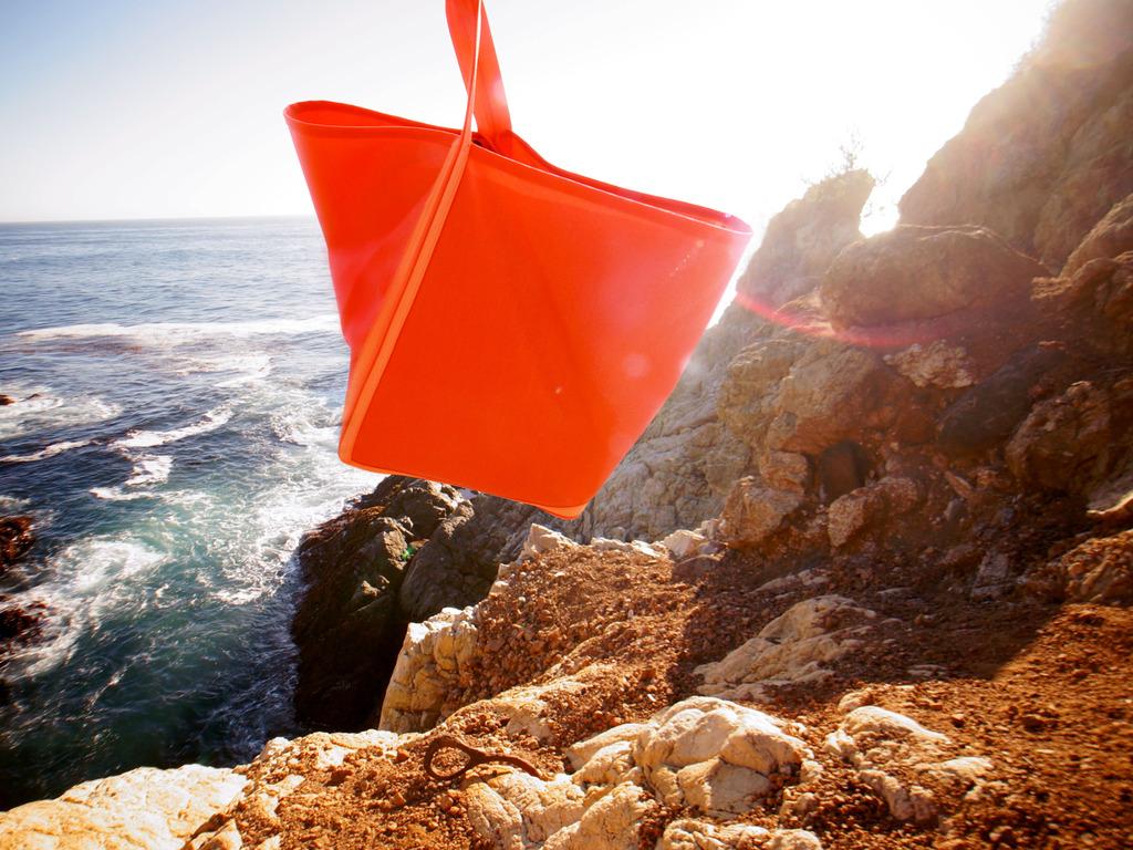 Yield Picnic Bag / Blanket's video poster