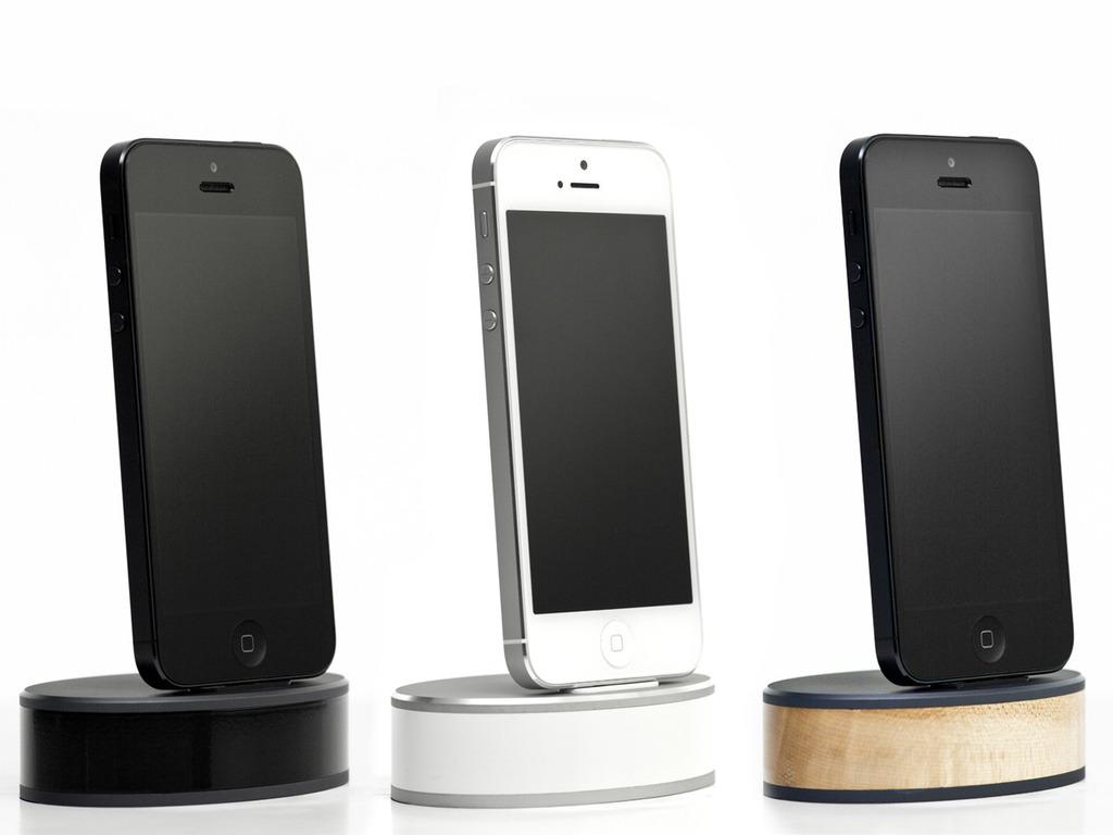 Podi-m: charging dock for iPhone 5, 4, Micro USB, iPad Mini's video poster
