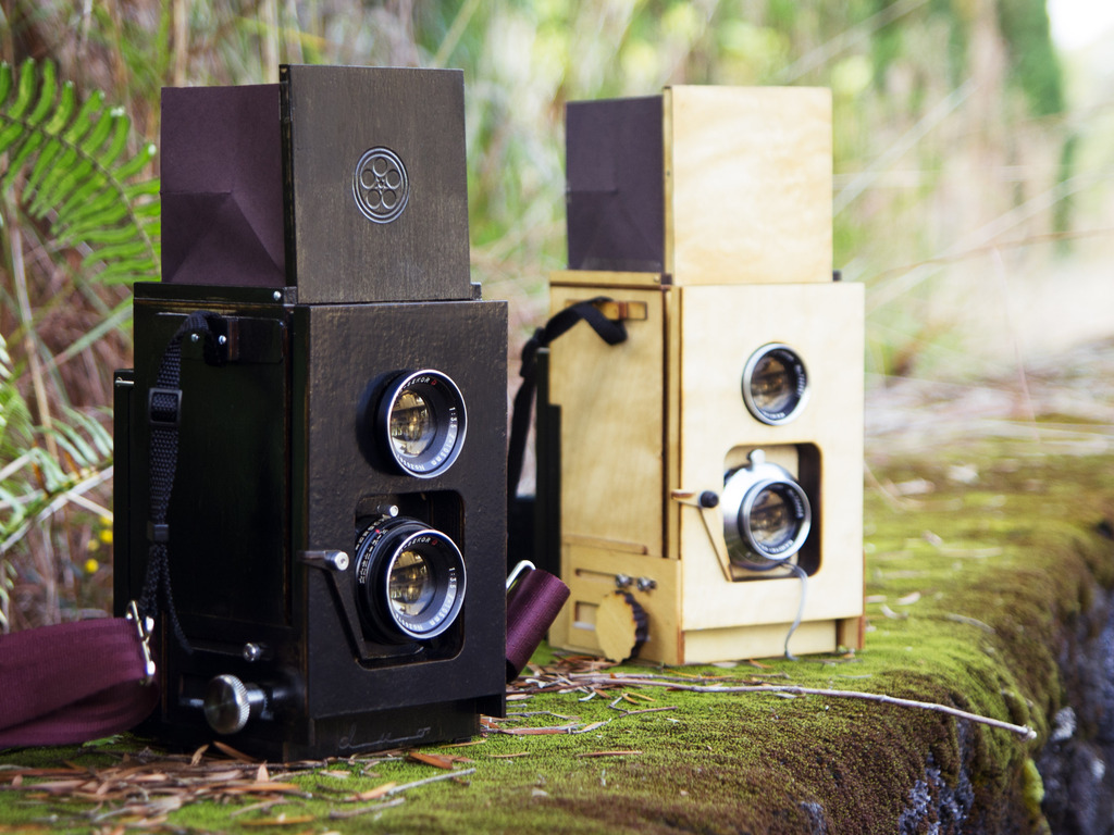 Duo: A DIY twin lens reflex camera for instant film's video poster