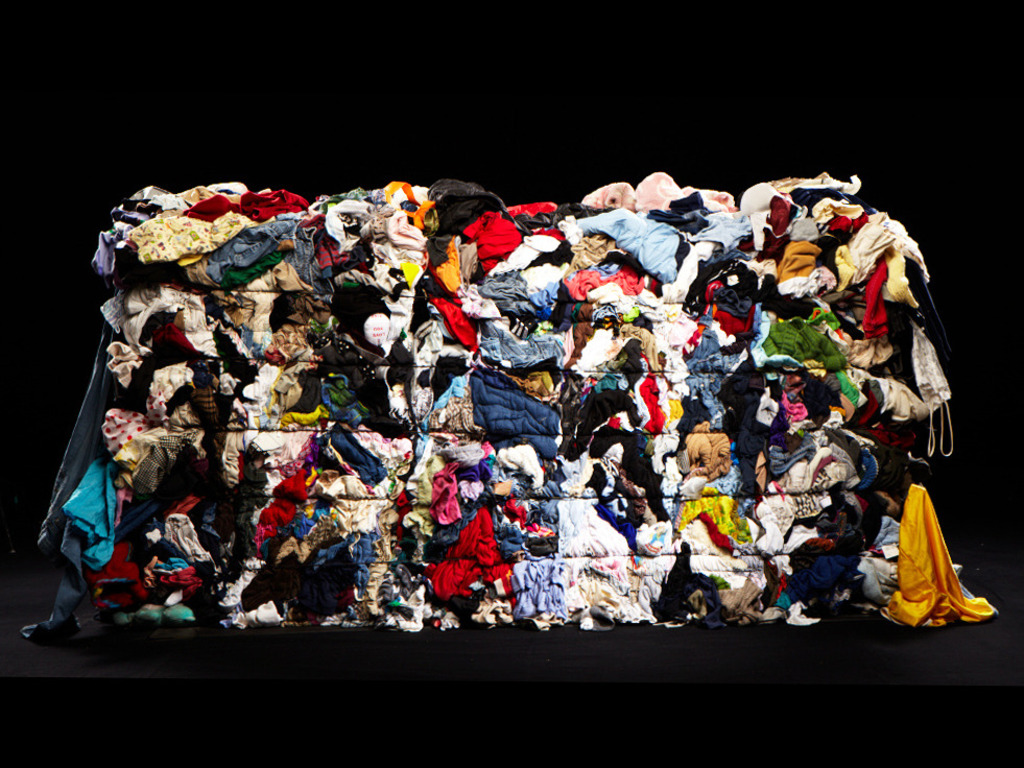 BALED: Photographs of America's Recyclables's video poster