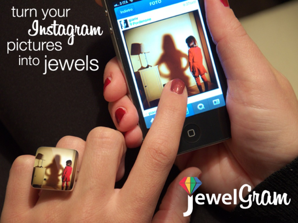 JewelGram: turn your Instagram pictures into jewels's video poster