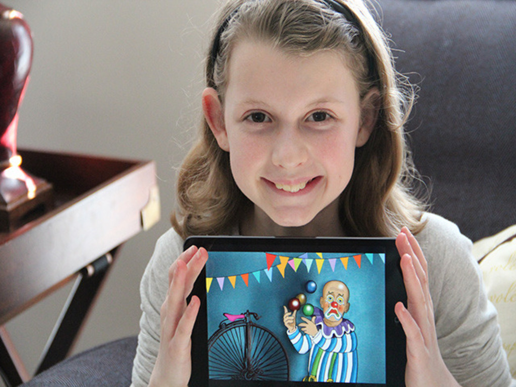 Lauren (Age 11) Publishes The Clown that Lost His Funny's video poster