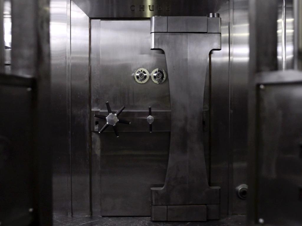 Under Black Carpets, kickstart a bank heist.'s video poster