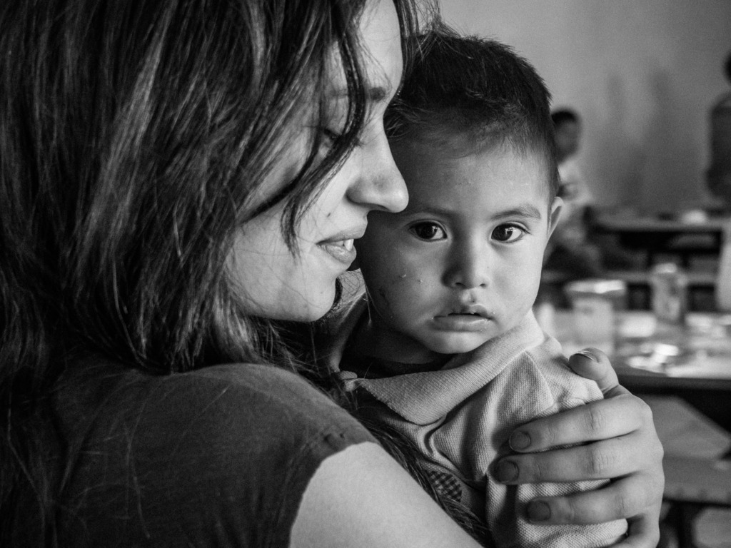 El Hogar: Tijuana Orphanage Photography Exhibition's video poster