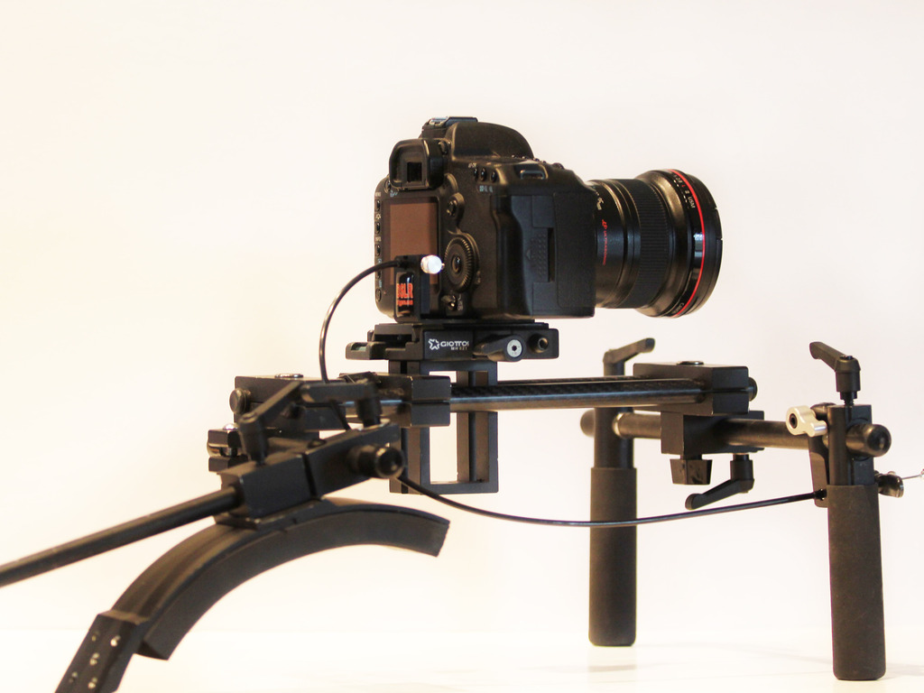 Stedi-Shot DSLR Trigger's video poster