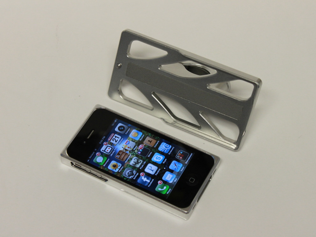 The AeroDynamic: iPhone 4/4S Case and Handlebar Mount's video poster