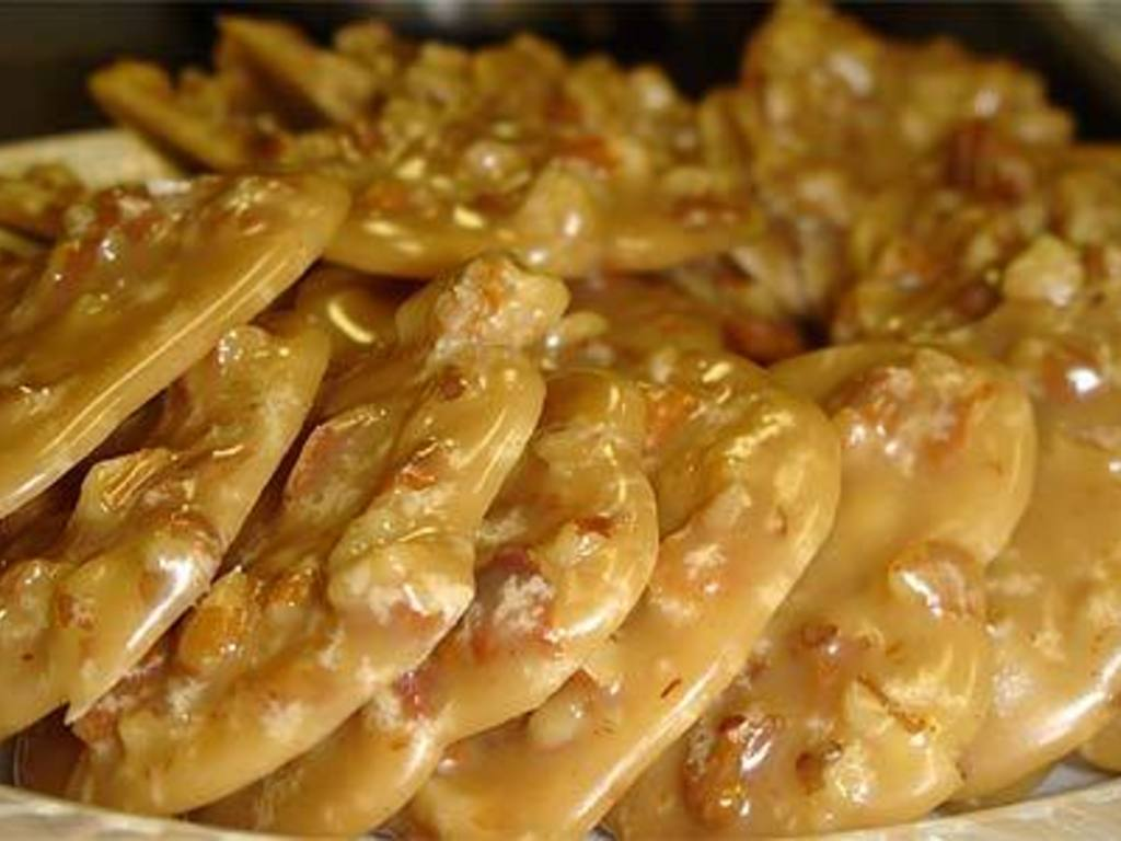 Delicious Authentic New Orleans Pralines's video poster