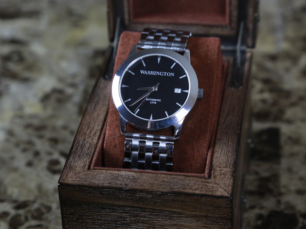 The 1776 - Premium Automatic Timepiece ( Watch )'s video poster