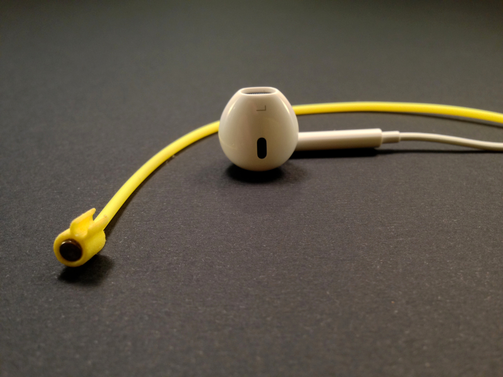 Zipi: magnetic earbud strap's video poster