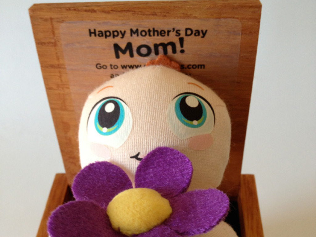 Mother's Day video greeting via surprise gift box's video poster
