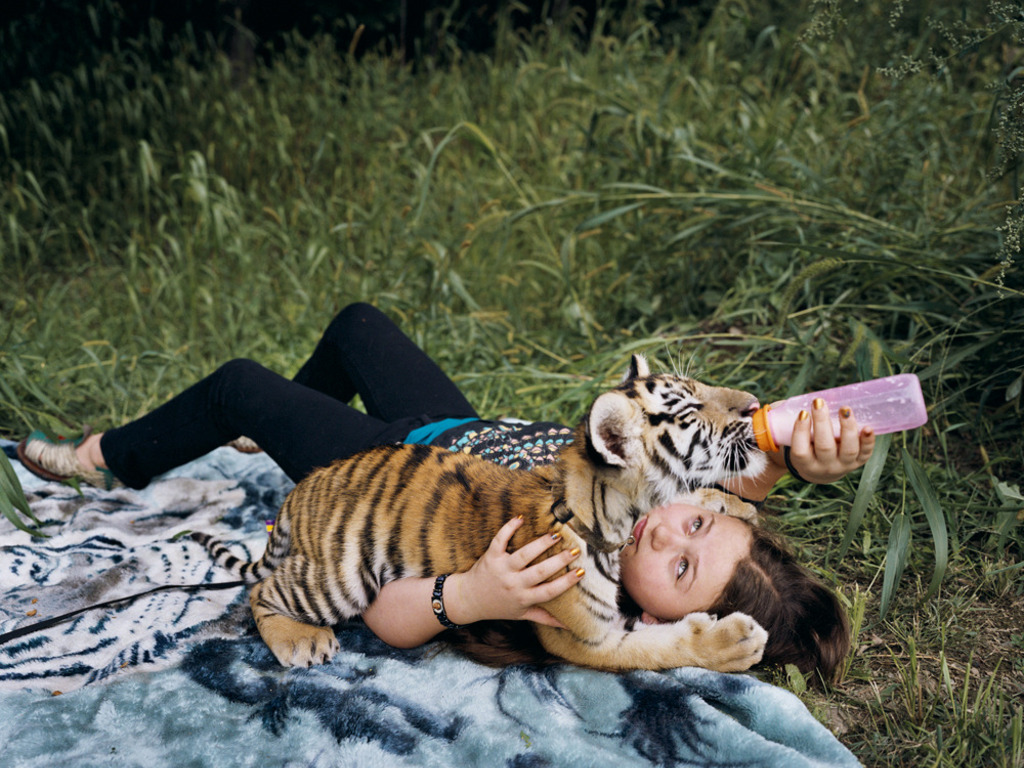 Amelia and the Animals: Photographs by Robin Schwartz's video poster